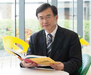 教授 小野瀬 雅人
